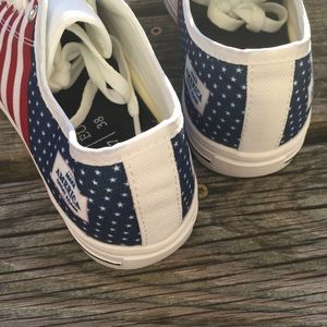 TeeKP Shoes - NEW Make America Great Again Unisex Sneakers Trump